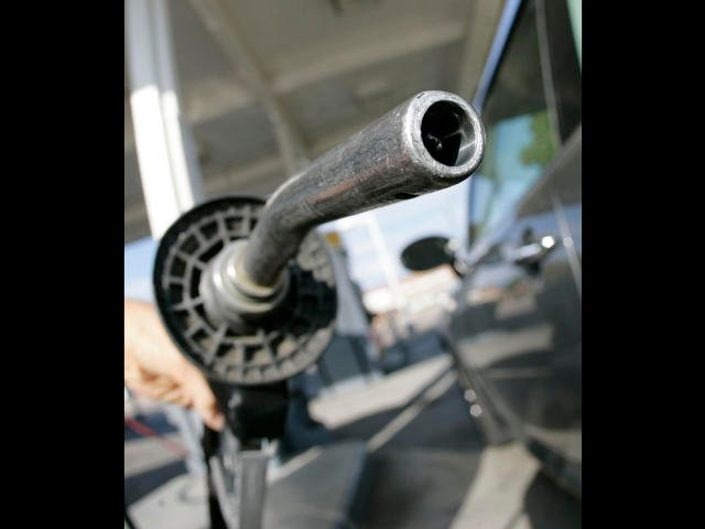 Drivers will see the lowest summer gasoline prices in about 6 years, according to the Energy Department.