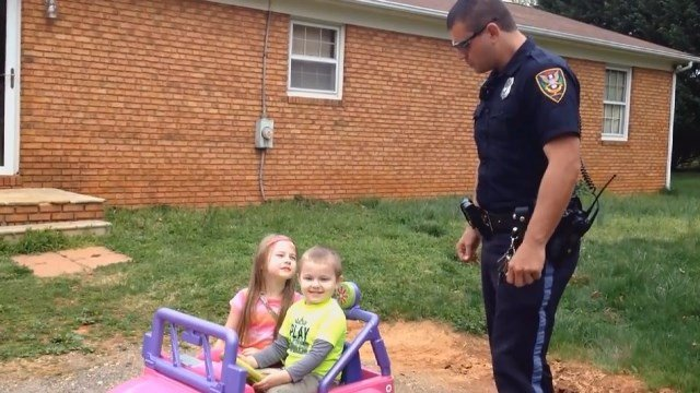 CBS affiliate WDBJ reports that Roanoke Police Officer Kenny Bowman pretended to pull over his two kids in the driveway to make a video to share with friends -- and to send an important message about safety.
