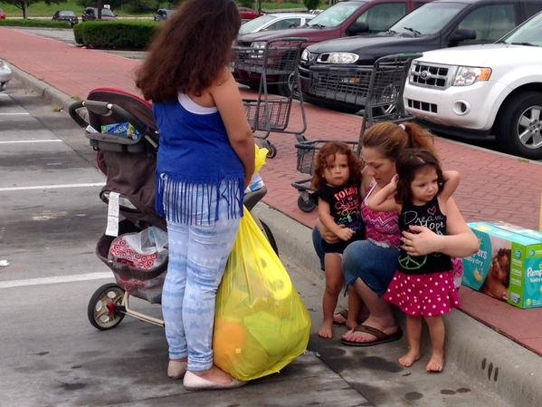 Donations have been pouring in for Sarah Robinson and her girls after the story of an officer stepping in to pay for necessary items she stole went viral.
