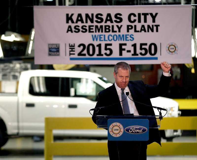 United auto workers threaten strike at ford factory in for Ford motor company kansas city mo