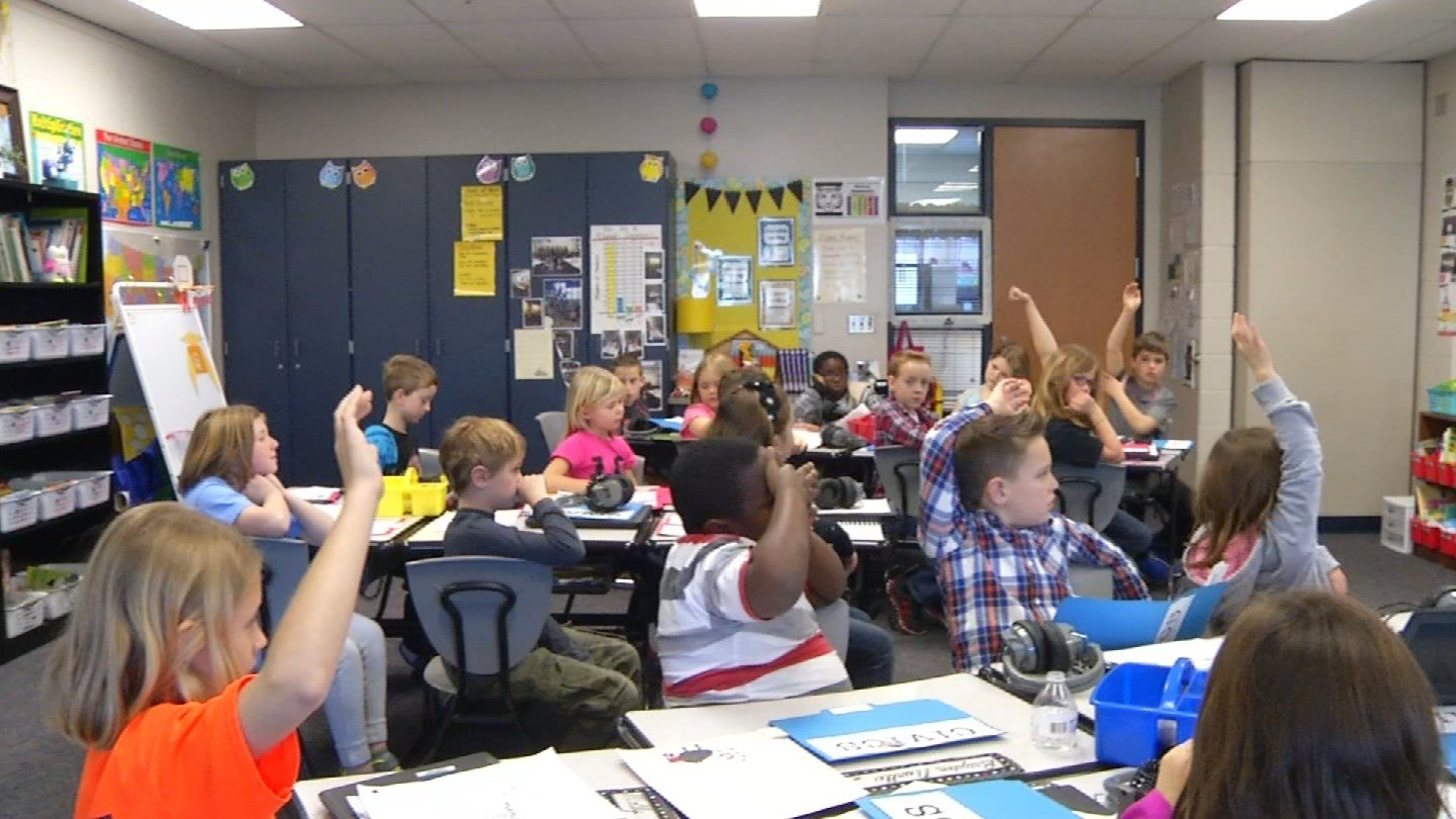 Kansas legislators have a new, larger estimate for how much a plan drafted by Republican lawmakers would increase spending on public schools. (KCTV)