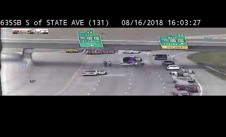 I-635 southbound closes in KCK following police pursuit